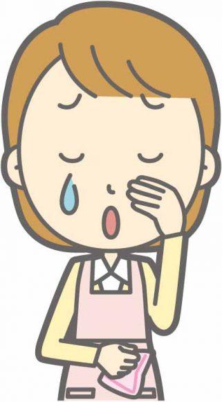 介護職に向いていないので泣いている人のイメージ